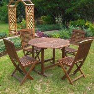 Need Small Patio set in wood/  recherche mobilier pour terrasse