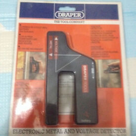 Brand new Draper electronic metal & voltage detector, quick sale at only £10