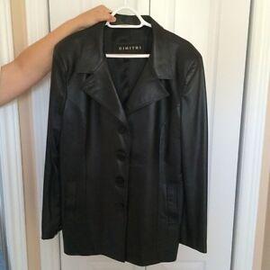 Manteau en cuir pour femme Neuf