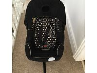Baby car seat with Hood