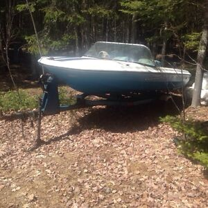 Boat and trailer only 750$