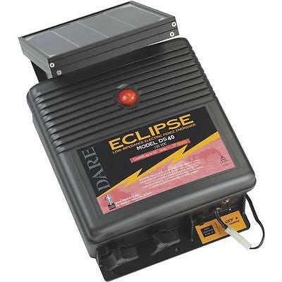 Dare Eclipse 12v Solar Powered 12-12 X 6 X 15 Electric Fence Charger Ds40