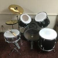Westbury Pro-Cussion Drum Set