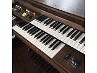 Vintage Yamaha Electric Organ