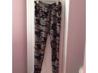 Size s/m camo leggings