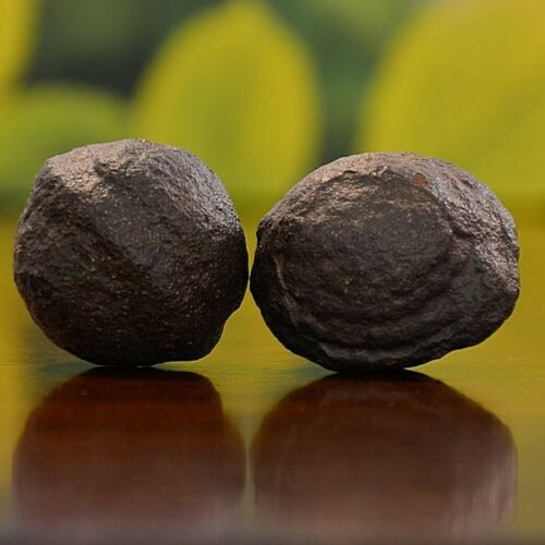 Beautiful Pair of Small Moqui Marbles (Shaman Stones) from Utah 99 grams