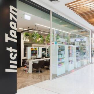 hairdresser Belmont Lake Macquarie Area Preview