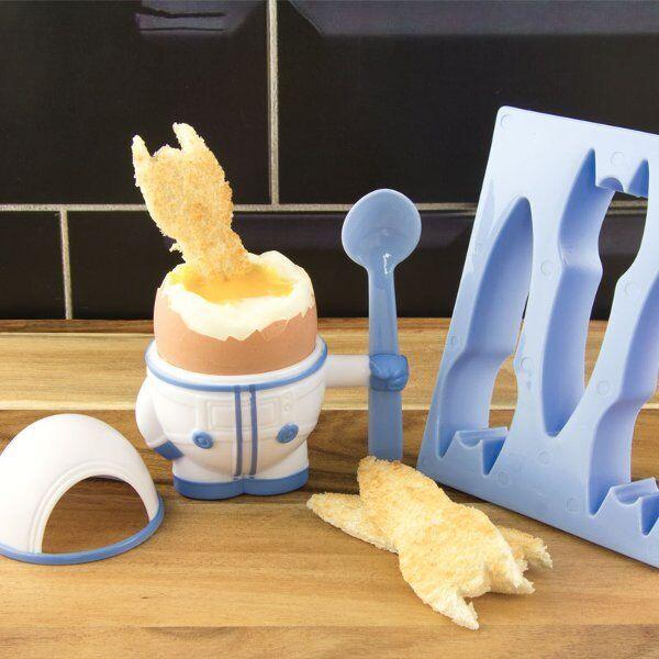 Noki EGGSTRONAUT Austronaut EGG CUP Spoon and ROCKET TOAST CUTTER Plastic