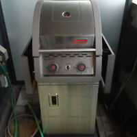 MAKE AN OFFER Natural Gas BBQ - Coleman - small spaces