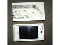 iPhone 4S unlocked (no Charger)