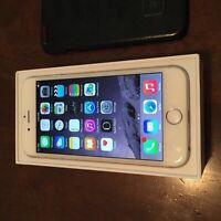 iPhone 6  16 gb white and gold Rogers mint