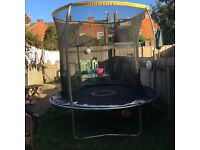 8 foot with enclosure bought at Xmas so in excellent condition no rust ect
