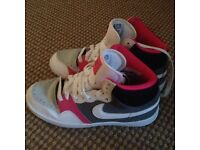 Nike trainers women size 5uk offers welcome