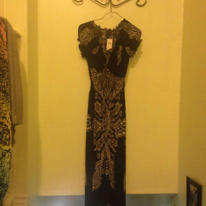Size Small Dresses Never worn London Ontario image 2