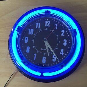 Quartz neon wall clock