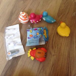 Baby bathtub items and thermometer