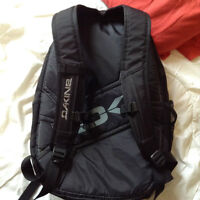 Dakine 32L Black Laptop Backpack
