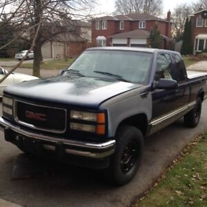 Excellent 98 GMC SIERRA SLE 3 DR with only 200 KMS.