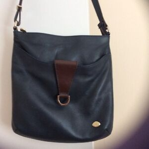Leather Purse - The Trend crossbody / shoulder West Island Greater Montréal image 1