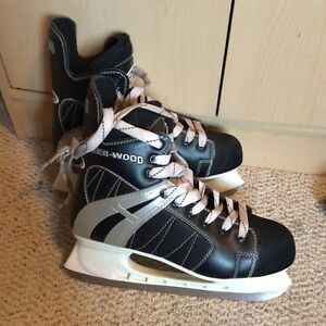 Men's size 10.5 Sherwood 5500 hockey skates -2pair