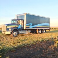 24ft cargo truck for hire