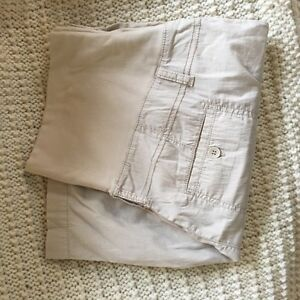 Thyme Maternity pants and shorts size large  West Island Greater Montréal image 2