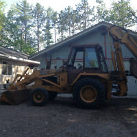 Case 580C extenda hoe excellent condition.