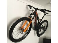 Specialized stumpjumper carbon comp bike 2016 for sale £1,650
