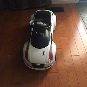 Kids Audi Junior quattro, ride on  Cambridge Kitchener Area image 2