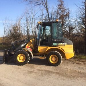 JOHN DEERE 244J LOADER WITH SNOW BUCKET AND FORKS Peterborough Peterborough Area image 5