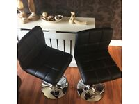 Brand New Pair of Gas Lift Bar/Kitchen/Salon Chairs in Black