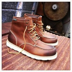 Eastland lumber up boots