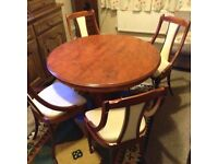Beautiful solid wood round extending table + 4 matching chairs