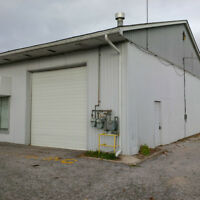 Commercial garage with parking - Alliston
