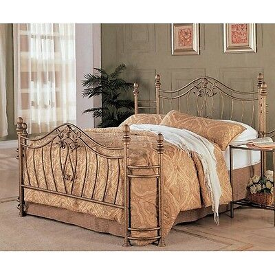 Coaster 300171Q Fine Metal Bed Headboard and Footboard, Queen, Gold Finish NEW
