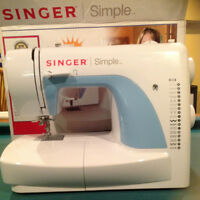 SINGER SEWING MACHING (NEW)