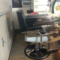 STYLING STATION/ BARBER CHAIR COMPLETE HOME SET UP