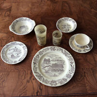 SERVICE DE VAISSELLE ANTIQUE / VINTAGE DINNERWARE SET