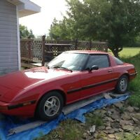 1984 Mazda RX-7 Coupe (2 door)