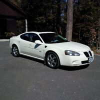 2006 Pontiac Grand Prix GXP Sedan