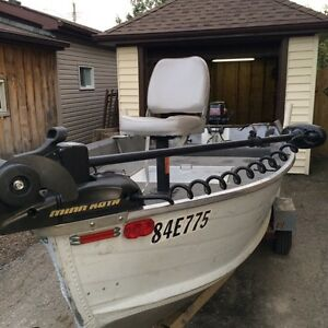 14' Aluminum Smoker Craft 25hp Mercury