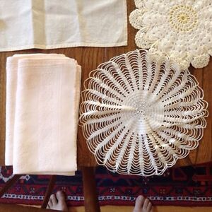 Huge Assortment Vintage Linens London Ontario image 4