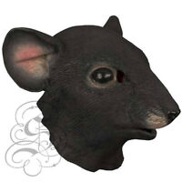 un masque de rat et un masque de chevre / animal masks