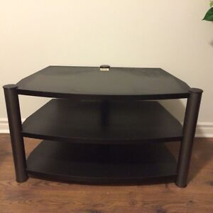 """TV stand pour TV 36"""" comme neuf"""
