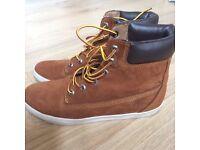 Timberland boots like new