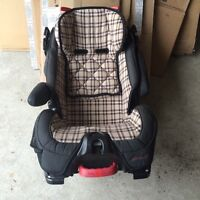 Eddie Bauer deluxe 3-in-1 convertible car seat