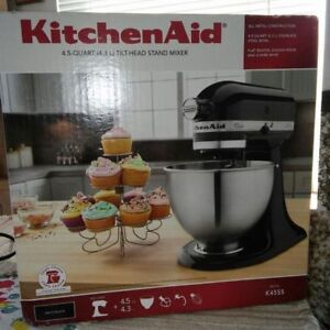 BRAND NEW NEVER OPENED KITCHEN AID MIXER IN BOX!