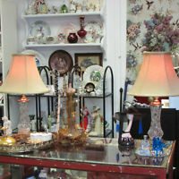 2 PINWHEEL CRYSTAL LAMPS GREAT CONDITION