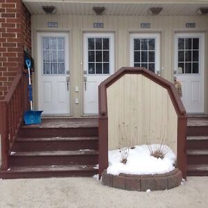 2 bedroom Condo! Fully Furnished and Equipped!! Move in ready!
