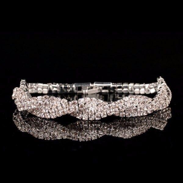 Double Helix Pattern Rhinestone Embellished Bracelet